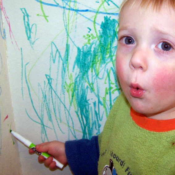 5 Reasons We Should Stop Distracting Toddlers (And What To Do Instead)